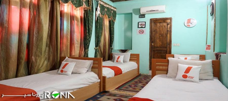 هتل سنتی گلشن شیراز اتاق چهار تخته کواد